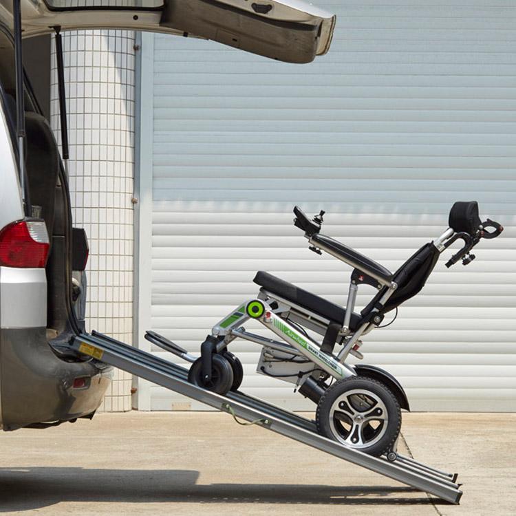Airwheel_H3T_smart_electric_wheelchair_03